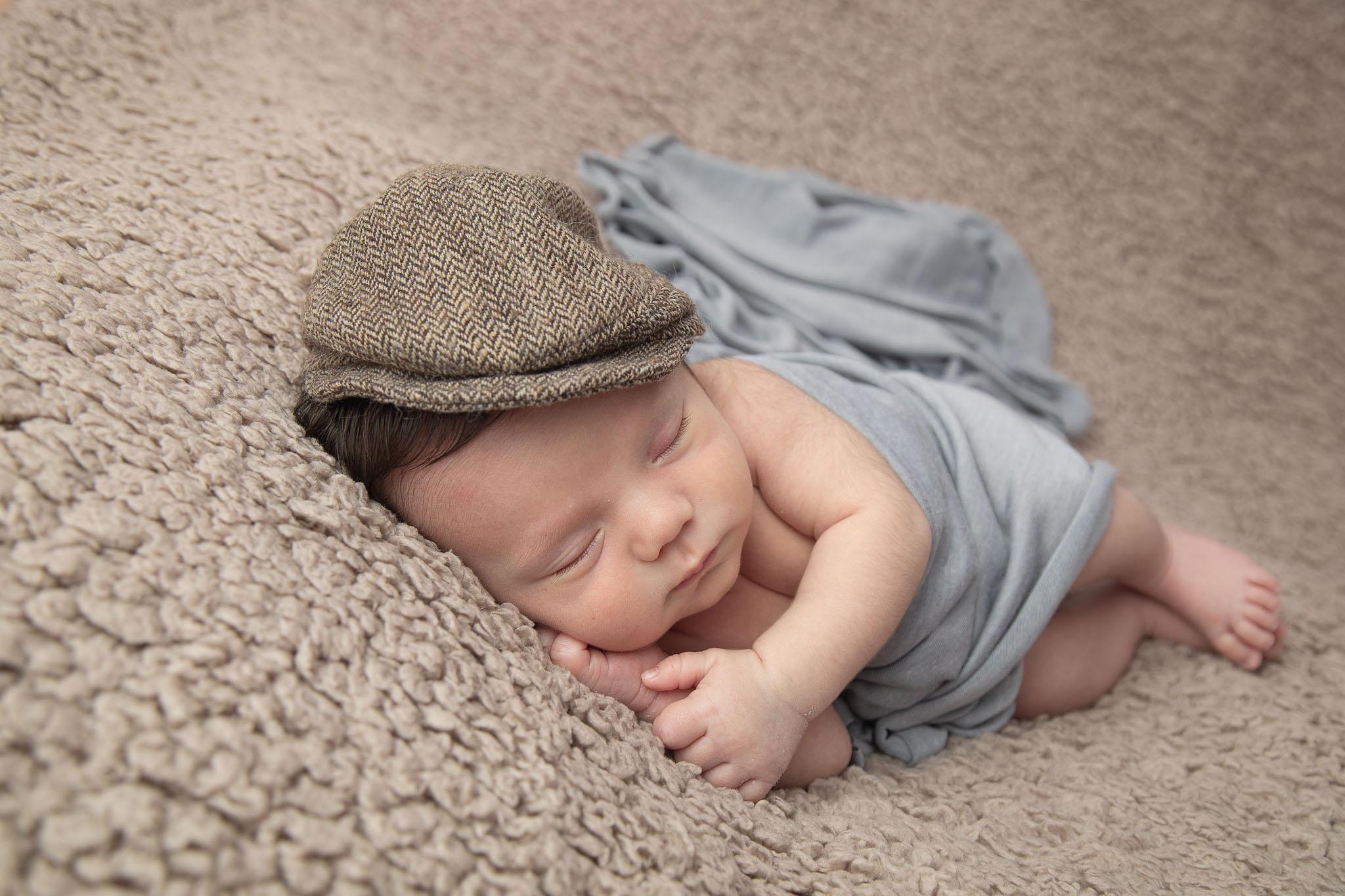 Sessão Fotográfica de Recém Nascido (Newborn) em Loulé